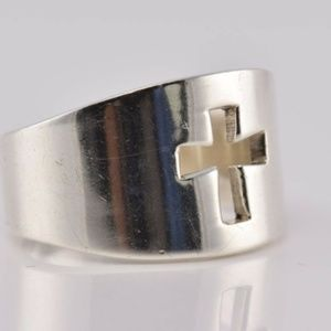 STERLING SILVER cut out CROSS RING 6.5